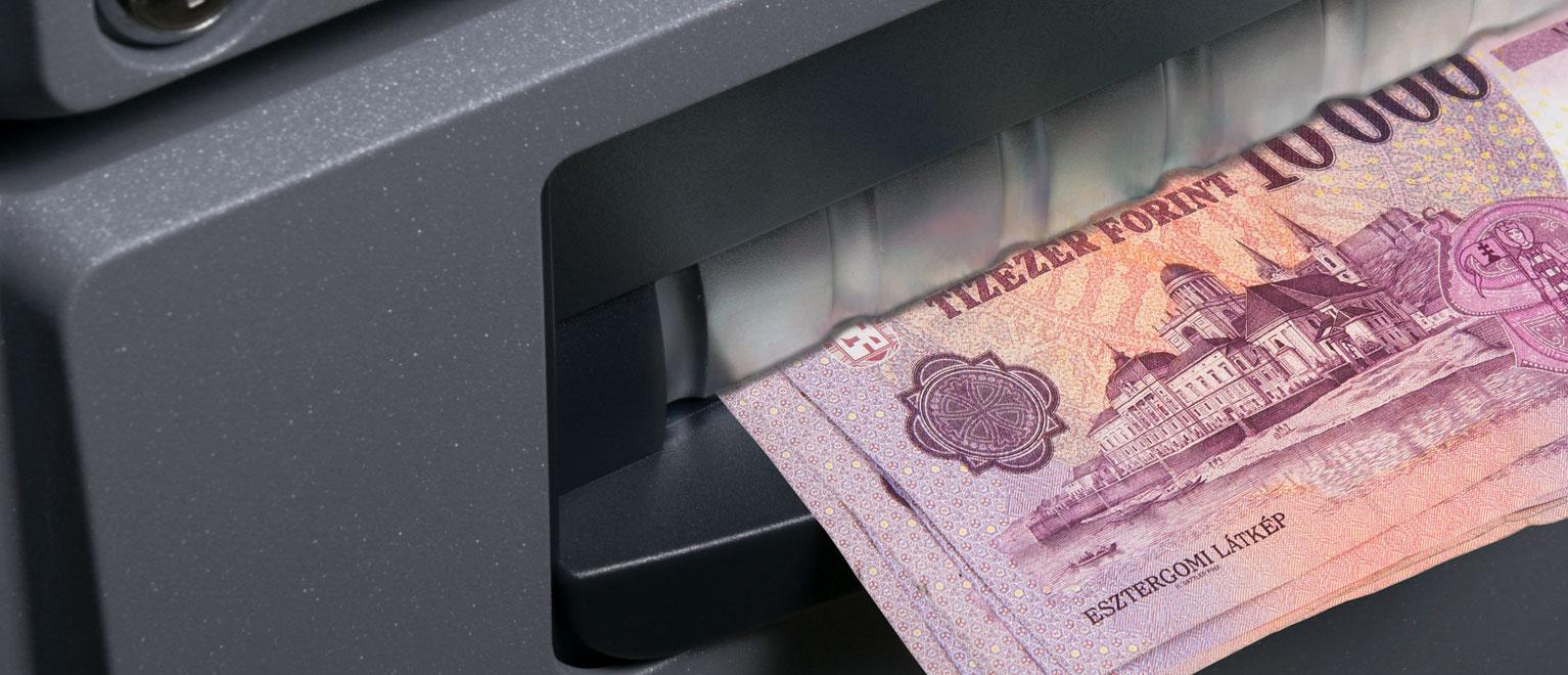pénz felvétele egy demó számláról